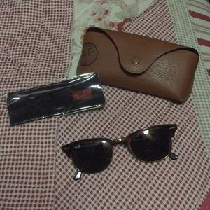 AUTHENTIC Ray-Ban sunglasses style # RB2156 990 3N